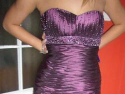 Piękna suknia wieczorowa, balowa