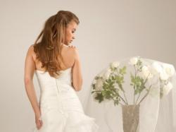 Piękna suknia z falbankami