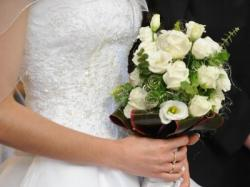 Piękna suknia z salonu Cymbeline kolekcja Sincerity Bridal 2010