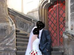 piękna tania suknia ślubna