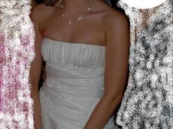 Piękna, zjawiskowa suknia ślubna