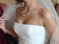 Piękna zjawiskowa suknia ślubna