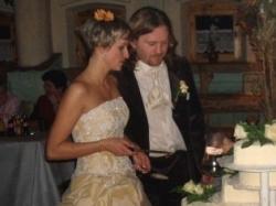 Piękna złota suknia śluba z salonu Tylko Ona!