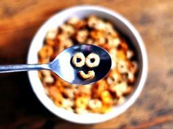 Płatki śniadaniowe każdego ranka - są zbyt dobre, aby z nich zrezygnować!