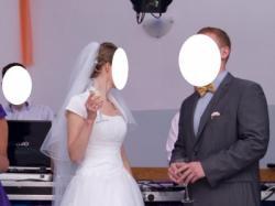 Polecam śliczną suknię ślubną