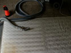 Pranie dywanów na wskroś. Czyszczenie dywanów i tapicerki
