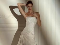 Pronovias, model Nepal, niepowtarzalna suknia