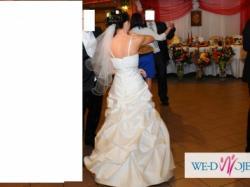 Prosta piękna suknia ślubna - Polecam!!!