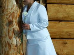 Prosta suknia ślubna rozm. 42