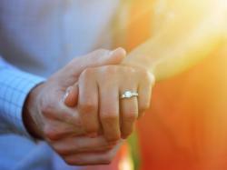 Przekazała swój pierścionek zaręczynowy na WOŚP. Wrócił do niej po trzech licytacjach!