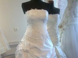 Przepiękna biała sukienka ślubna