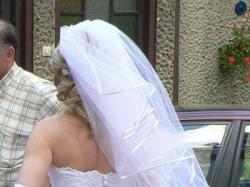 przepiękna biała suknia śluban typ princessa