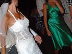 Przepiękna,jednoczęściowa suknia,wykonana z koronki 2008r.