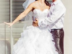 Przepiękna,lekka i zwiewna suknia ślubna