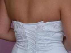 Przepiękna ślubna suknia
