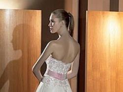 Przepiękna Suknia Atelier Diagonal kolekcja 2008 nr 814 z trenem - rozm.36/38