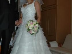 Przepiękna suknia dla księżniczki!!!