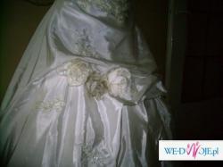 Przepiękna suknia księżniczki