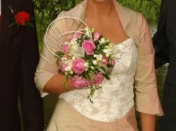 Przepiękna suknia ślubna....