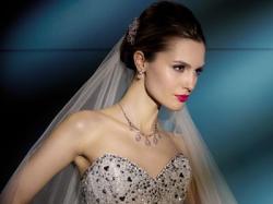 Przepiekna suknia ślubna DEMETRIOS 2828 LISA FERRERA rozmiar 38