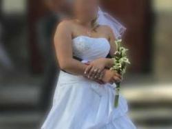 Przepiękna Suknia Ślubna jak nowa!!! rozmiar 40-42 welon gratis