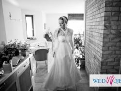 Przepiękna suknia ślubna Julia Rosa, halka i hiszpański koronkowy welon gratis.