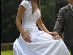 Przepiękna suknia ślubna, tanio, stan idealny, bezpłatny kurier