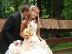 Przepiękna suknia ślubna w kolorze ecri.