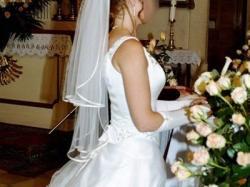 Przepiękna suknia ślubna, wdzięczna i elegancka - tanio !