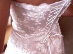 Przepiękna suknia z perełkami