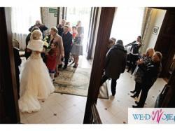 Przepiękna, wyjątkowa, zjawiskowa: suknia ślubna Diane Legrand 13239