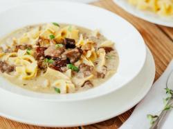 Przepis Ani Starmach: zabielana zupa grzybowa