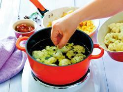 Przepis Ani Starmach: zupa kalafiorowa z serem