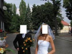 Prześliczn biała suknia ślubna