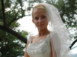 Prześliczna, subtelna hiszpańska suknia ślubna