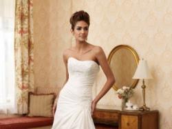 Prześliczna suknia ślubna Mon Cheri 110204 (kolekcja 2010)