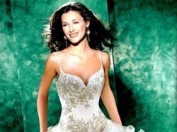 Przesliczna suknia z kolekcji Eddy K 2008