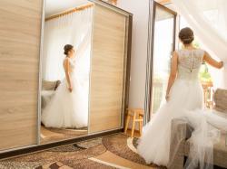 Recznie zdobiona suknia slubna