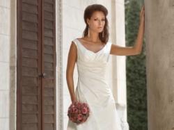Romantyczna biała suknia ślubna