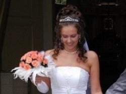Romantyczna suknia ślubna w bieli (roz. 34/36)