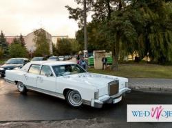 Samochód do ślubu: zabytkowy Lincoln Continental
