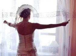 satynowa suknia ecrui