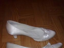 satynowe buty