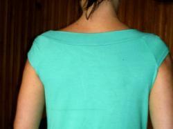 sliczn niebieska bluzka z kokardką