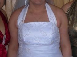 śliczna biała , jednoczęściowa suknia slubna