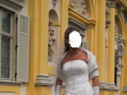 """Śliczna dwuczęściową suknię ślubną firmy """"Julia Gastoł"""" w kolorze ecru"""