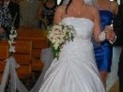 ŚLiczna, elegancka suknia ślubna, która będzie spełnieniem Twoich marzeń