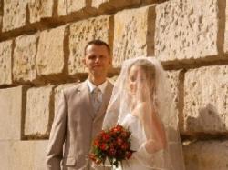 Sliczna i skromna suknia ślubna