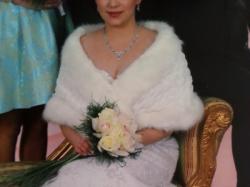 śliczna koronkowa suknia ślubna