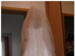 Śliczna muślinowa suknia ślubna